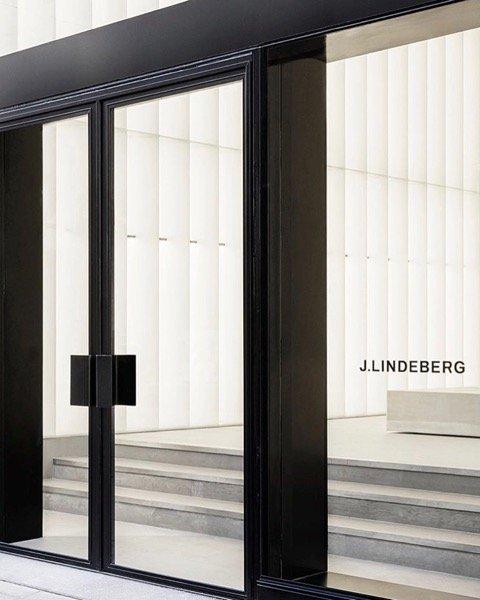 J Linderberg Entré